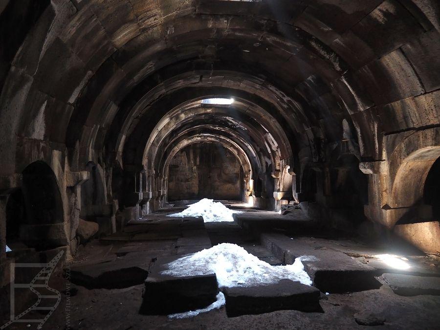 Wnętrze karawanseraju Orbeliana