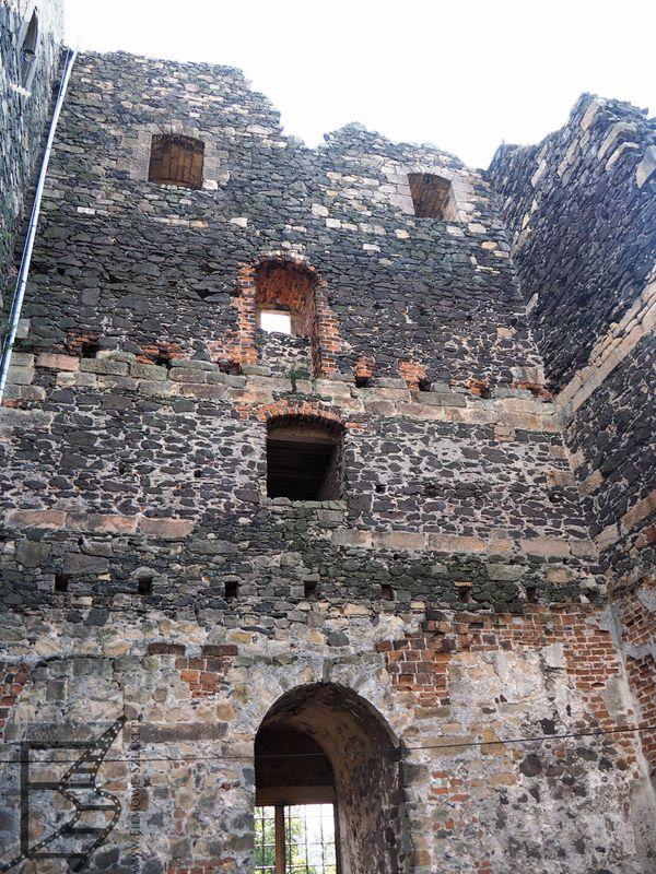 Wieża i brama