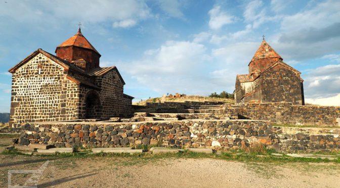 Sewan, jezioro, miasto i piękne klasztory