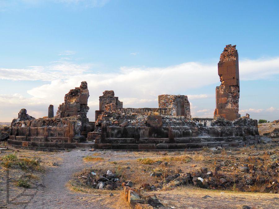 Pozostałości świątyni w Ani