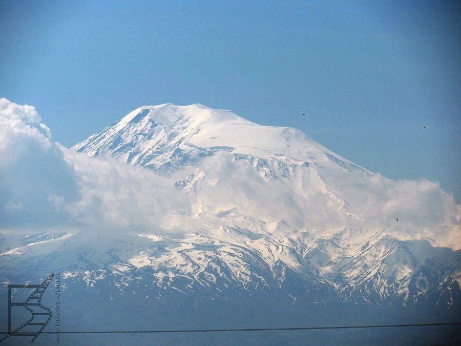Ararat widoczny z Zwartnoc