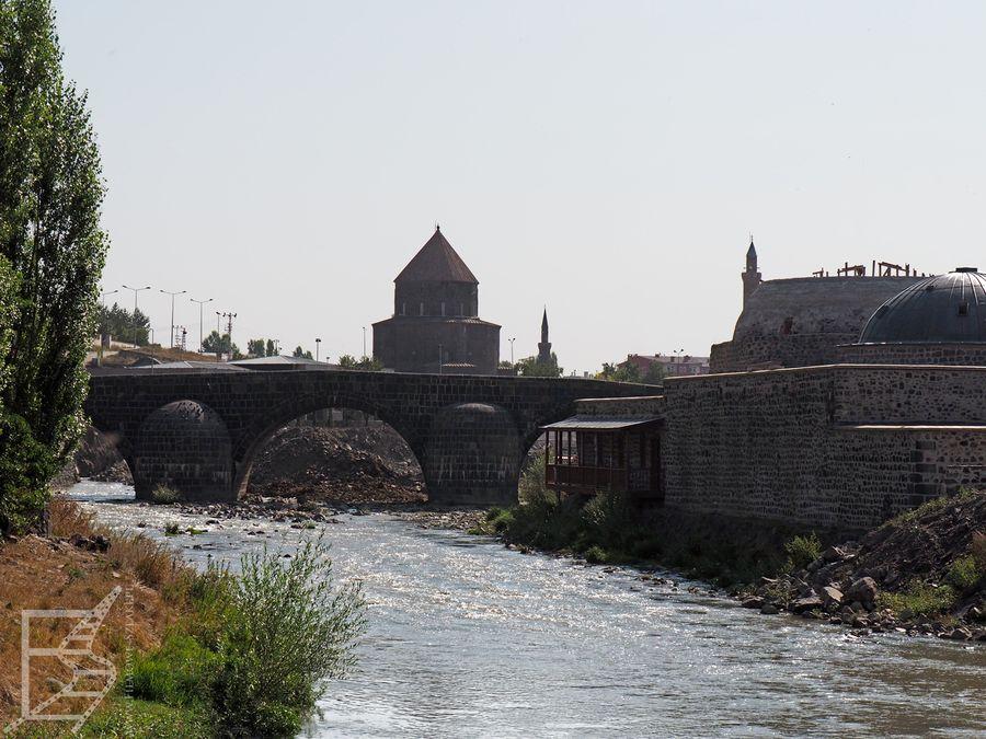 Stary most w Kars
