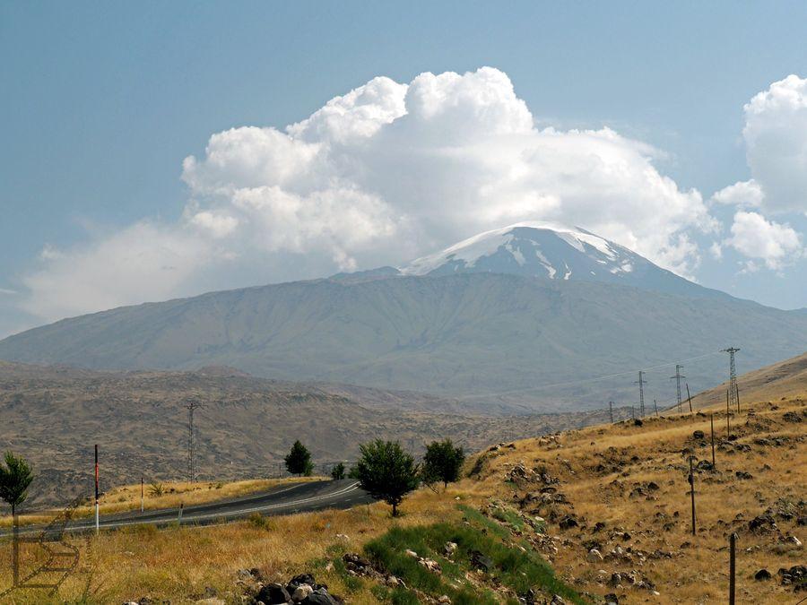 Ararat widziany w trasie na południe