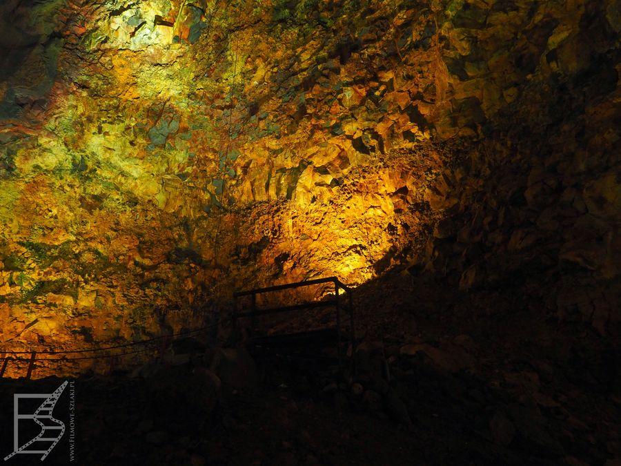 Kolorowa komora magmowa wulkanu