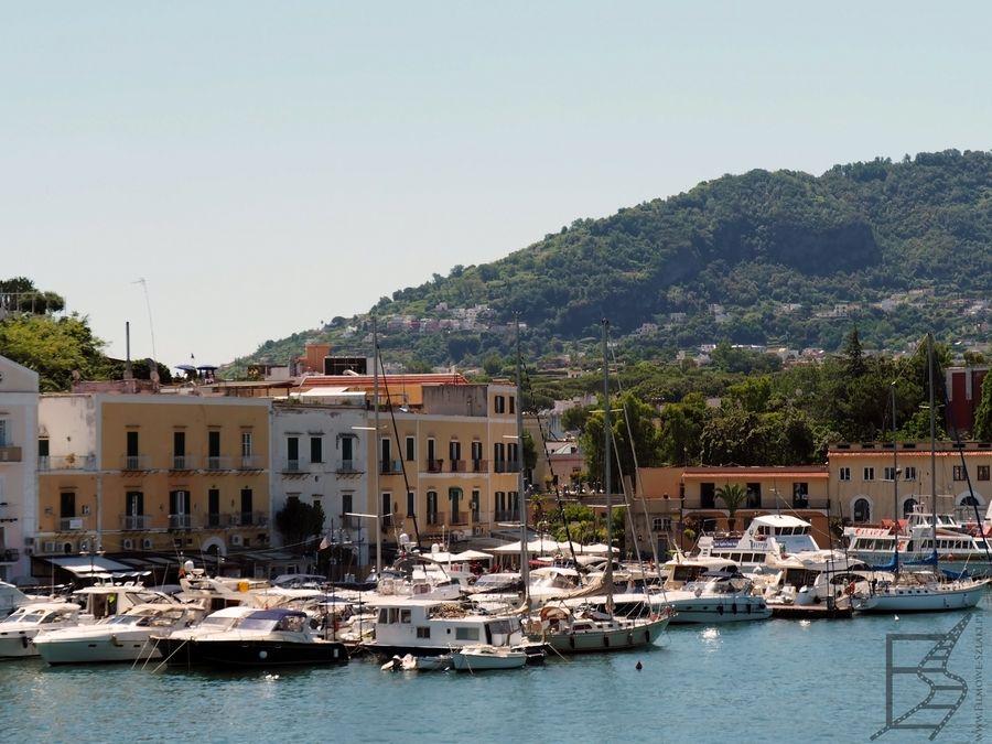 Ischia - port