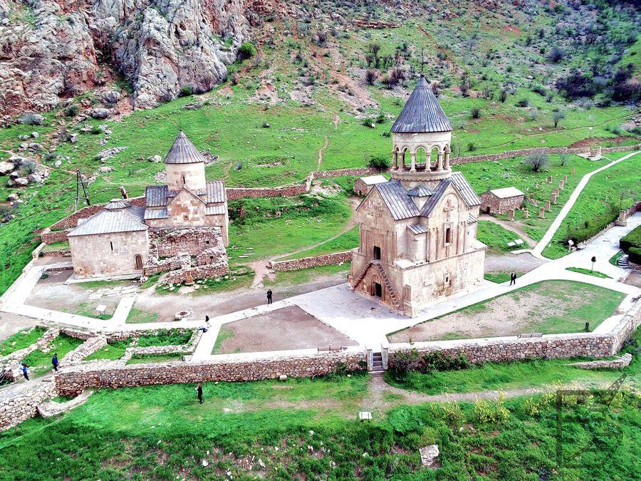 Klasztor Norawank widziany z góry