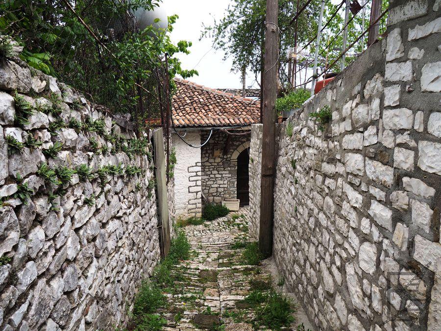 Wąskie uliczki w zamku